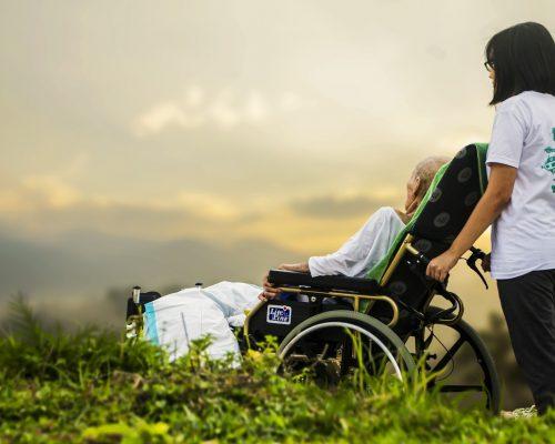 家居安老計劃應對人口老齡化