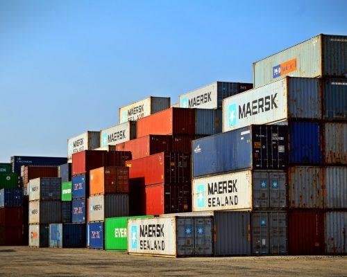 熟悉貨運保險條款和進出口運輸保險條款是一種知識的積累