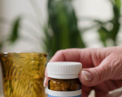 敏感皮膚保濕該注意些什麼?抗敏溫和潔面乳對於敏感肌有用